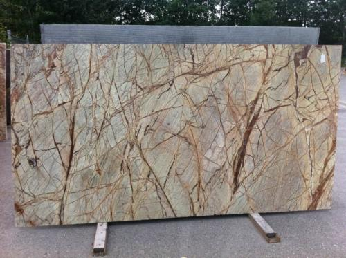 rainforest green marble countertop